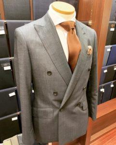 ダブルブレステッドスーツ